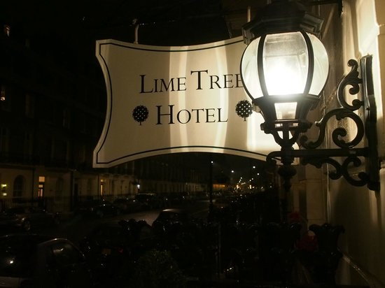 Lime Tree Hotel: Street Sign