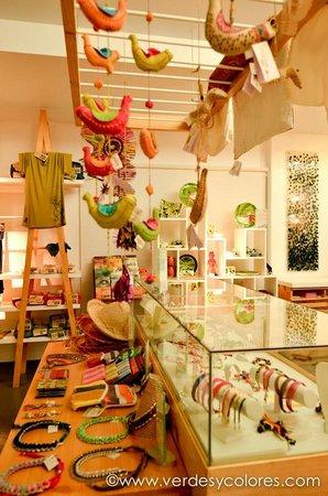 Souvenir Museum Verdes & Colores