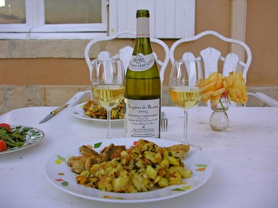 Chateau de la Barre : A course with Meursault wine.