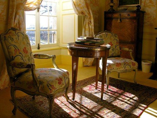 Chateau de la Barre : Chambre Jaune.