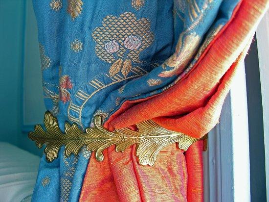 Chateau de la Barre : Rubelli fabrics in Chambre Bleue.