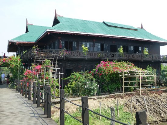 Inle Heritage: Inthar House