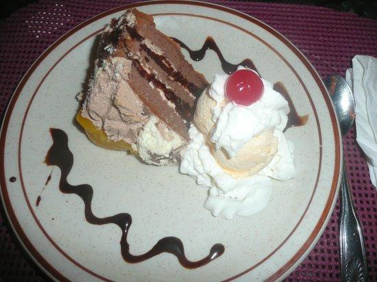 Gasparito Restaurant: Schokoladenkuchen mit Vanilleglace