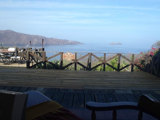 Hotel Condovac la Costa: View of the Bay from the Hotel Restaurant in the morning.