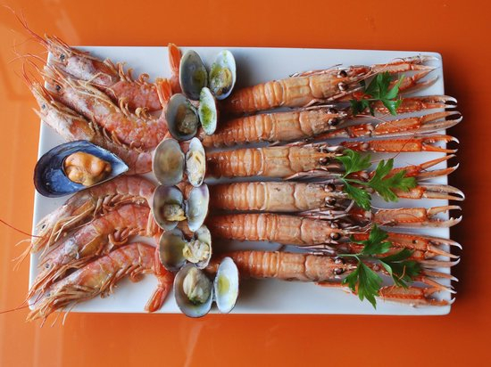Cafe de Paris: ,Gambas,Cigalas,Almejas,