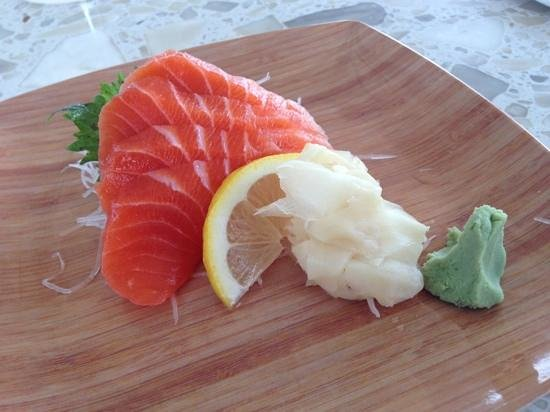 Fisher Island Hotel & Resort: salmon sashimi is good. wasabi is rather weak though