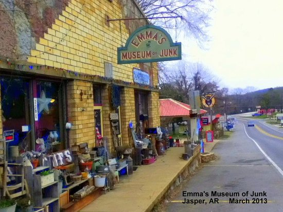 Emma's Museum of Junk: Emma's is right on Scenic Route 7