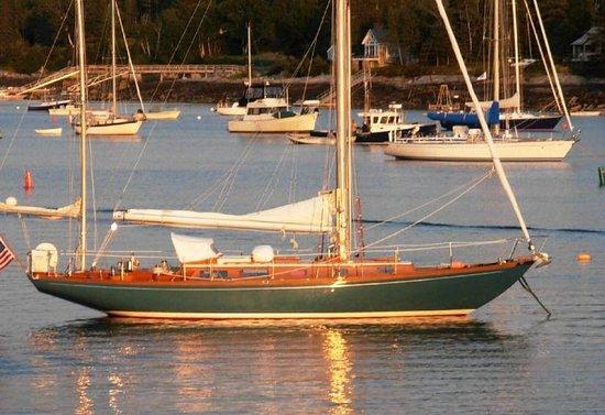 Charleston Classic Sailing