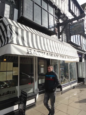 Hathaway Tea Rooms: Exterior