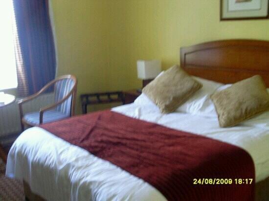 Cassidys Hotel: habitación