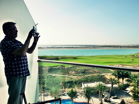 Park Inn by Radisson Abu Dhabi Yas Island: View from the balcony