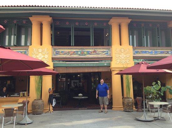 Yeng Keng Hotel: Hotel Exterior