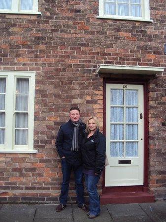 20 Forthlin Road - La casa de McCartney: Outside Pauls front door!