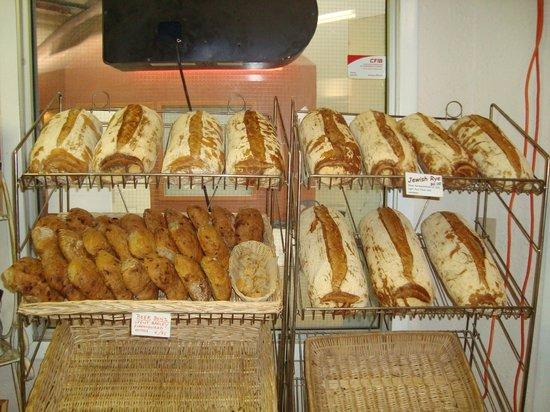 Walla Artisan Bakery & Cafe: Jewish Rye/Beer Buns