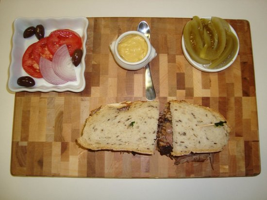 Walla Artisan Bakery & Cafe: Pastrami Sandwich with all it's sides