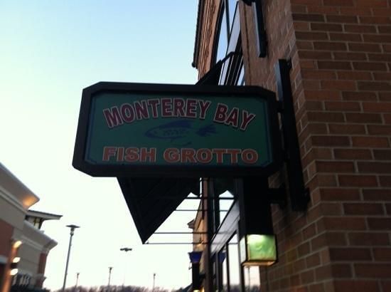 Monterey bay fish grotto monroeville menu prices for Monterey fish grotto