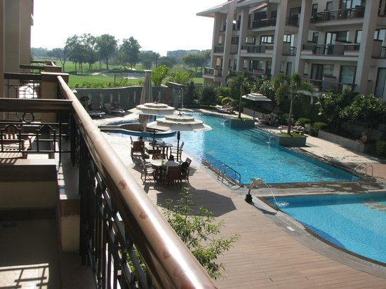 Jaypee Greens Golf and Spa Resort: View from balcony