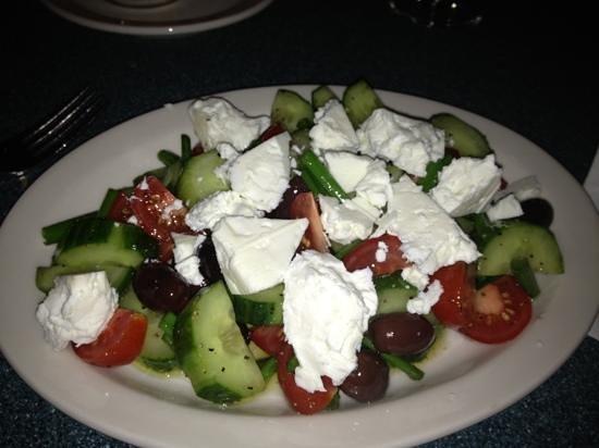 Rhea's Kitchen : Greek salad...