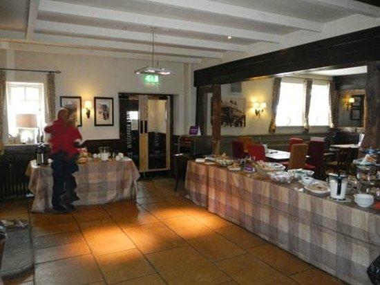 Malthouse Farm: breakfast