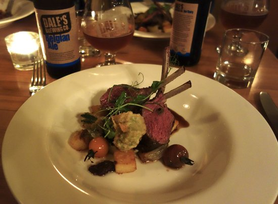 Bay Tours Nelson: NZ Rack of Lamb at Hopgood's
