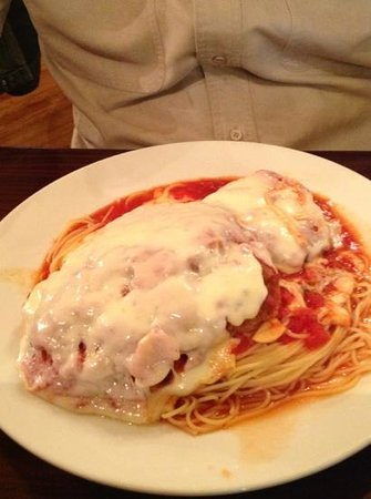 Trattoria 903: Veal Parmesan