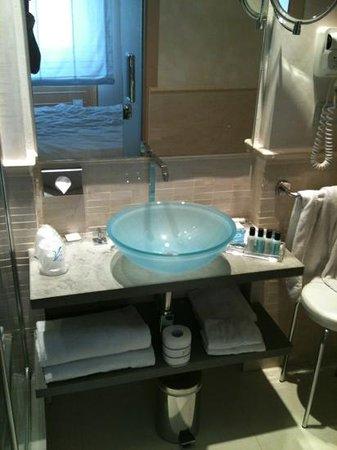 Venetia Palace Hotel: bagno