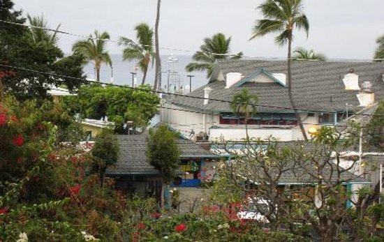Kona Seaside Hotel : looking towards harbor