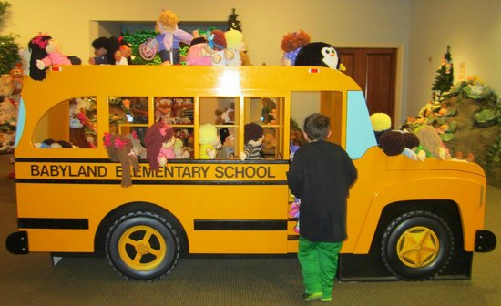 prop bus picture of babyland general hospital cleveland tripadvisor. Black Bedroom Furniture Sets. Home Design Ideas