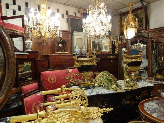 antique picture of marche aux puces de saint ouen saint. Black Bedroom Furniture Sets. Home Design Ideas