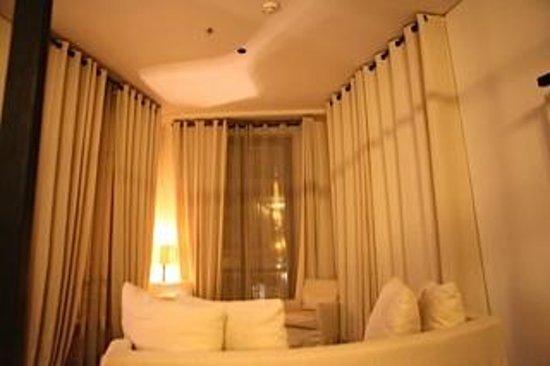 Le Metropolitan, a Tribute Portfolio Hotel: Sitting area