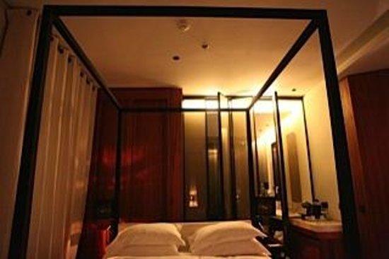 Le Metropolitan, a Tribute Portfolio Hotel: Room