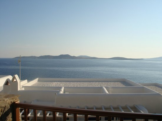 Mykonos Grand Hotel & Resort: Vista do quarto