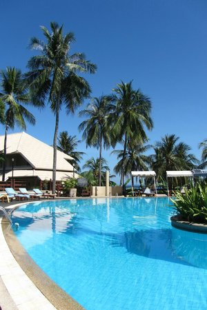 Cape Panwa Hotel: Main pool area