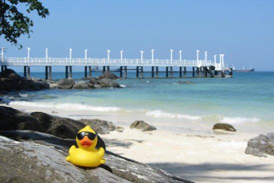 Cape Panwa Hotel: Down at the private beach