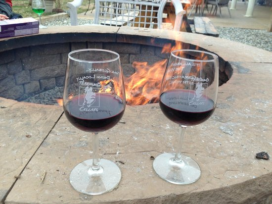 Pearmund Cellars Winery: Bonfire + Cabernet Franc = Love