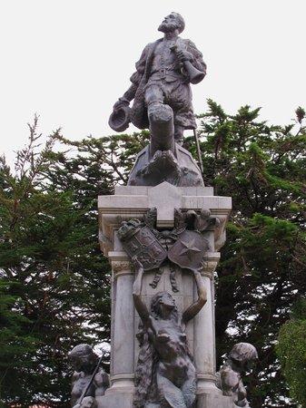 Punta Arenas, Chile: Magellan Monument