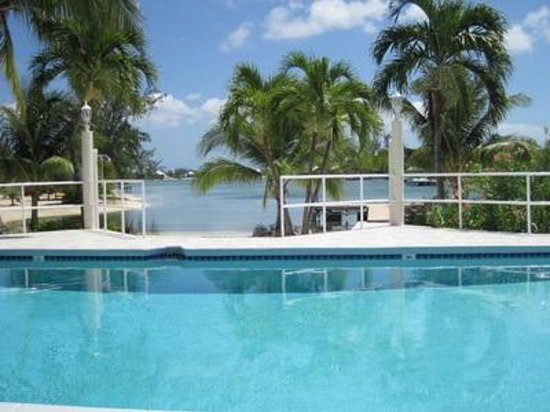 Island Houses of Cayman Kai: The pool and view of the cove