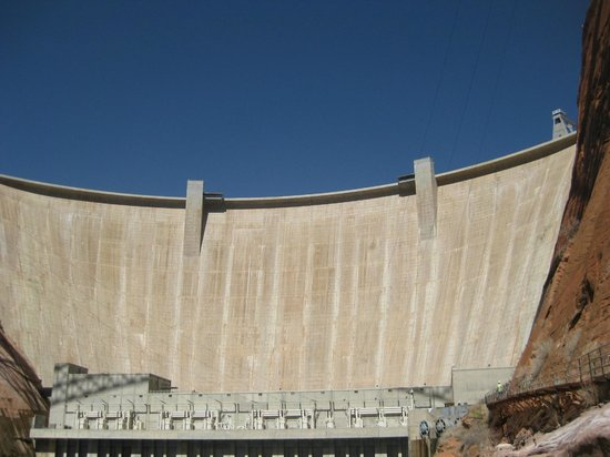 Wyndham Flagstaff Resort: Glen Canyon Dam