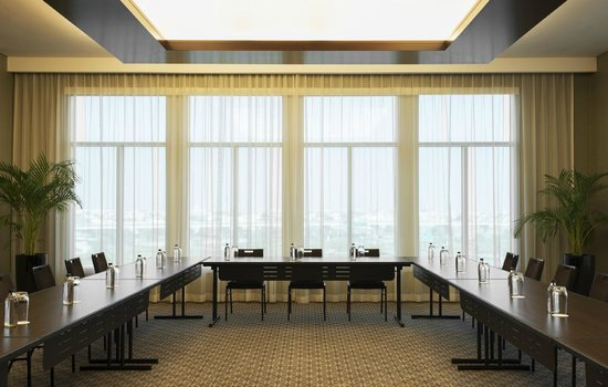 Meeting room u shape picture of sheraton dubai mall of for D shaped hotel in dubai