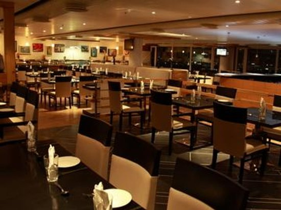 The buffet hyderabad restaurant reviews phone number for Crystal 7 cuisine hyderabad