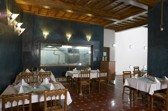 Neemrana's La Maison: Salle a Manger at LMT