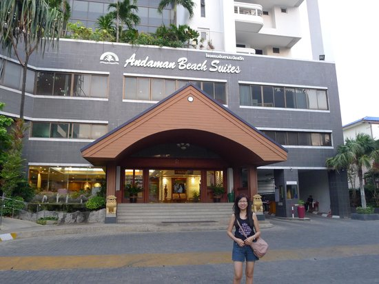 Andaman Beach Suites Hotel: main entrance