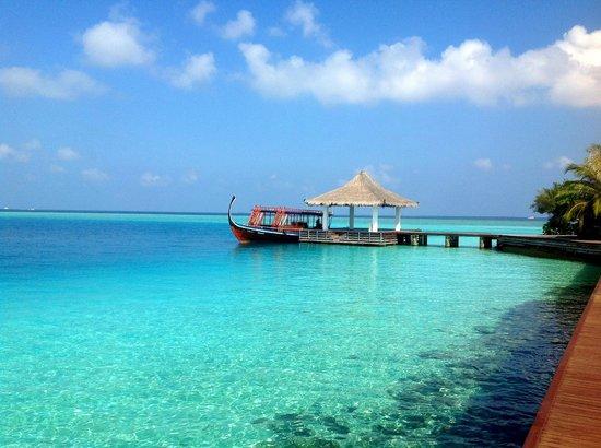 Sheraton Maldives Full Moon Resort & Spa: Пристань