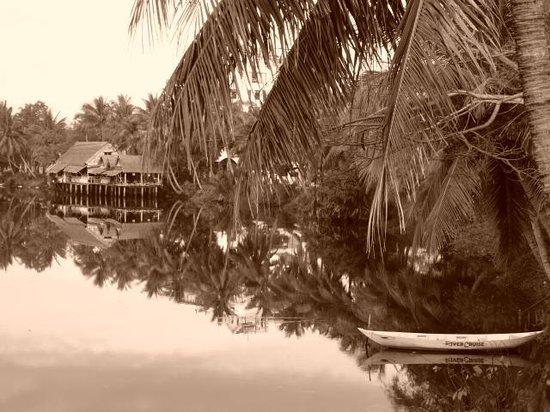 Pho Hoi Riverside Resort: Ausblick auf das Restaurant SON von unserem Zimmer