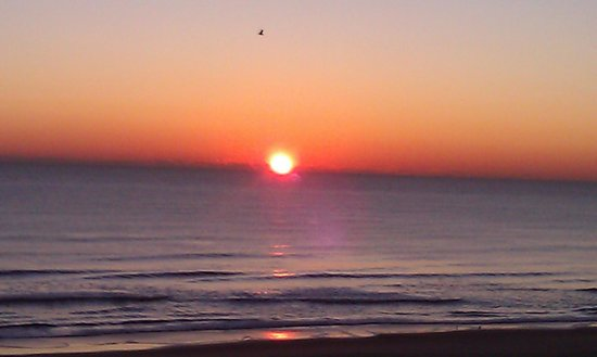 Residence Inn Virginia Beach Oceanfront: Sunrise From Room