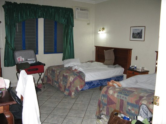 Gran Hotel De La Isla: One of the larger rooms on level 1