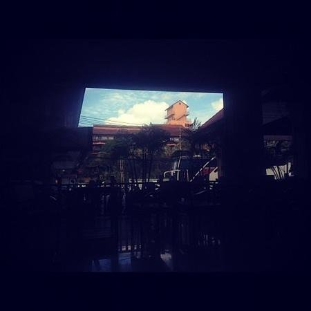 โรงแรมบาวแมนบุรี: внутренний двор