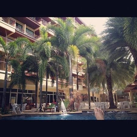 โรงแรมบาวแมนบุรี: бассейн