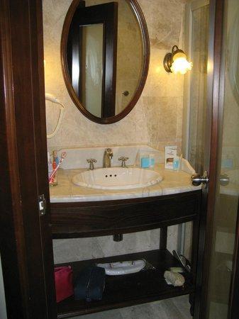 Anemon Galata: bagno di camera deluxe doppia 401