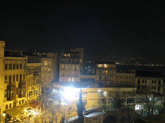 Anemon Galata: vista dalla camera deluxe doppia 401 sera